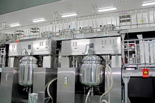 Multi-funcional plant extraction equipment